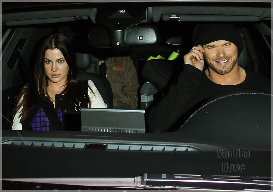 Kellan Lutz dines out with a female companion