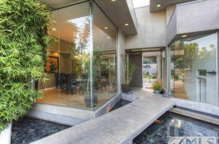 Akon Lists Heavenly Mansion For 3 5m