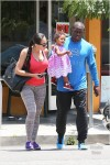 Reggie Bush And Family Have Breakfast
