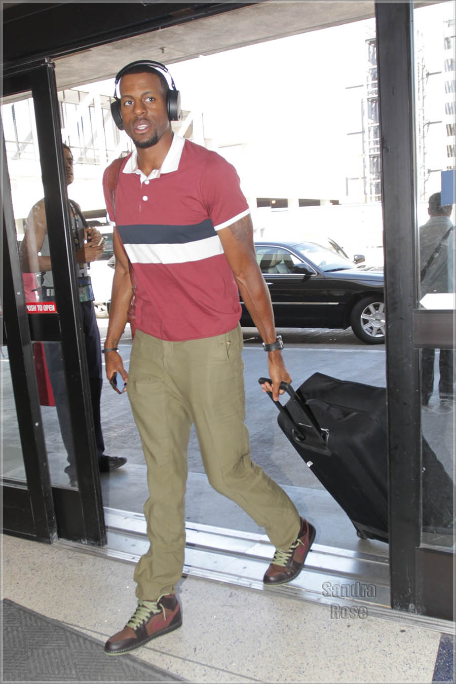 Andre Iguodala leaving Los Angeles International Airport