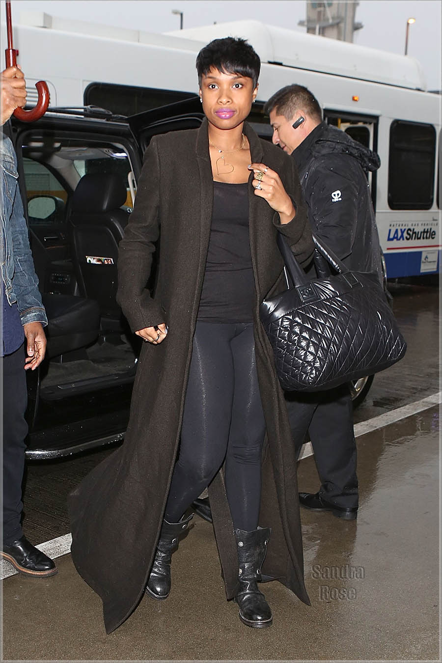 Jennifer Hudson departs from Los Angeles at LAX