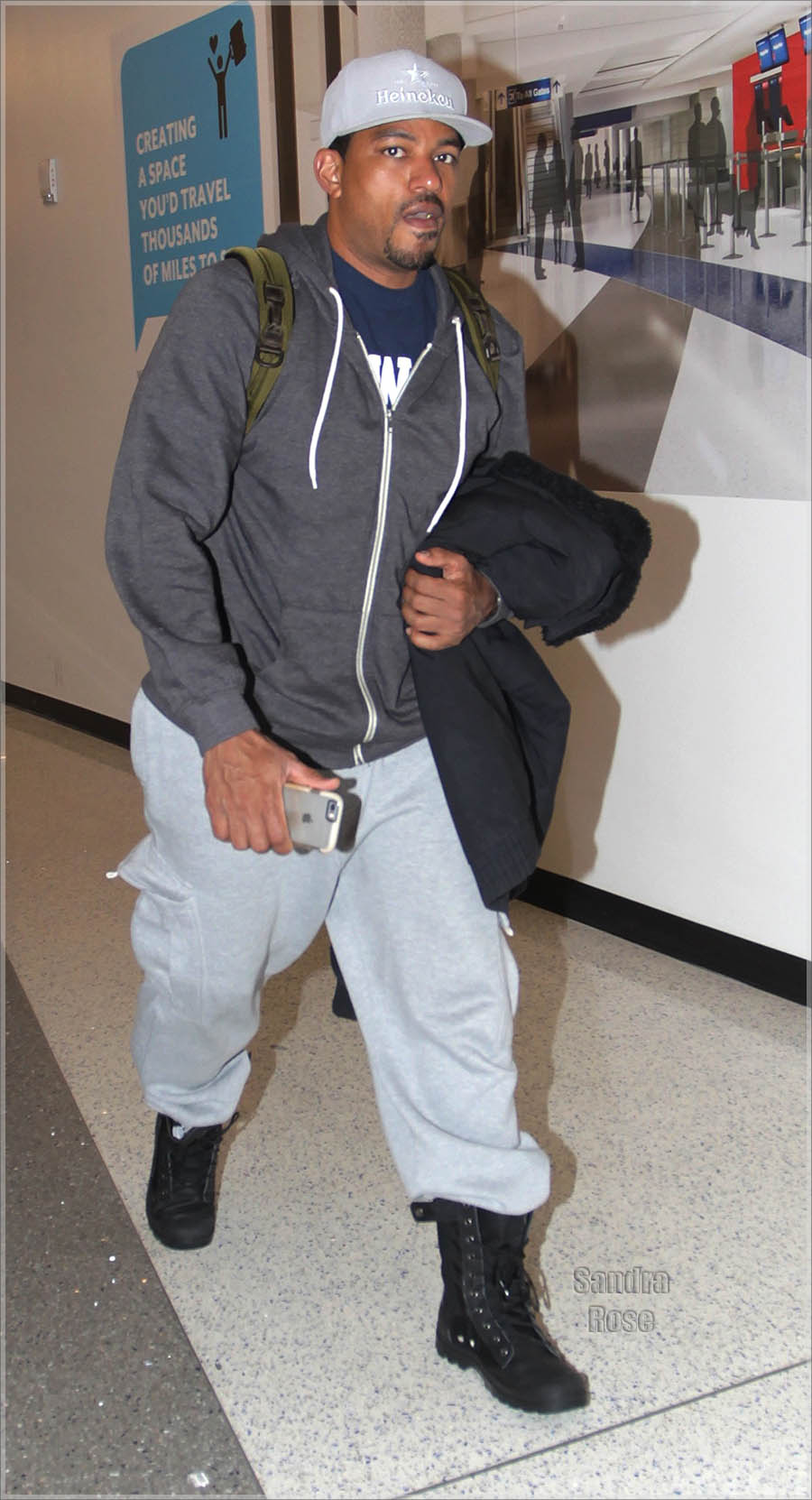 Laz Alonso departs from Los Angeles International Airport