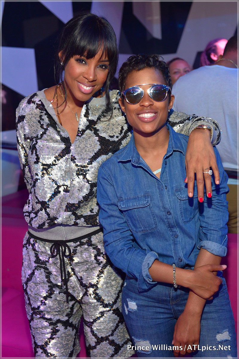 Kelly Rowland and Dej Loaf at Gold Room