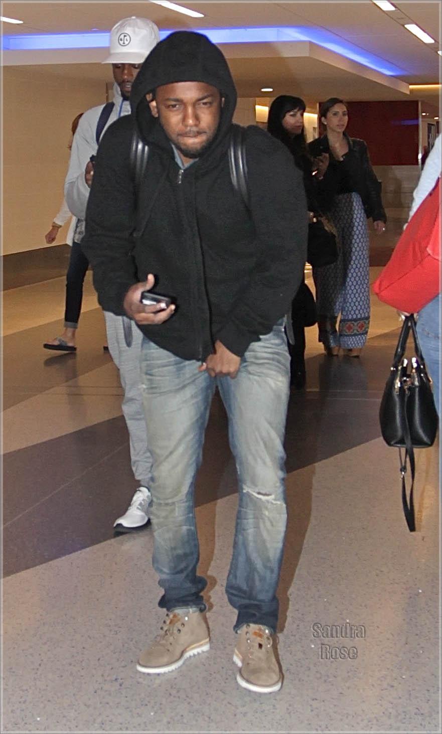 Kendrick Lamar leaves Los Angeles International Airport