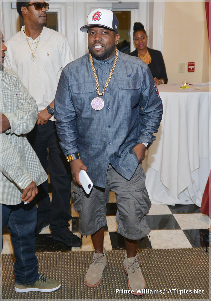 Big Boi arrives at Jeezy Street Dreamz Foundation Dinner