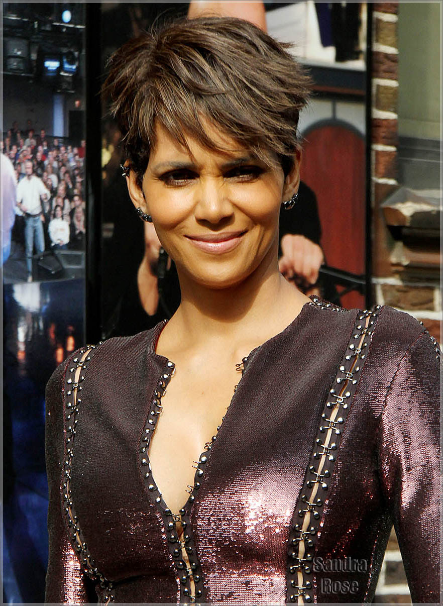 Halle Berry arrives at the Late Show with David Letterman