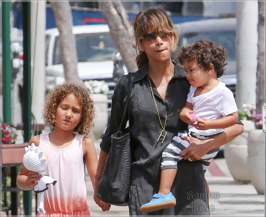 Halle Berry takes her children out for lunch in West Hollywood