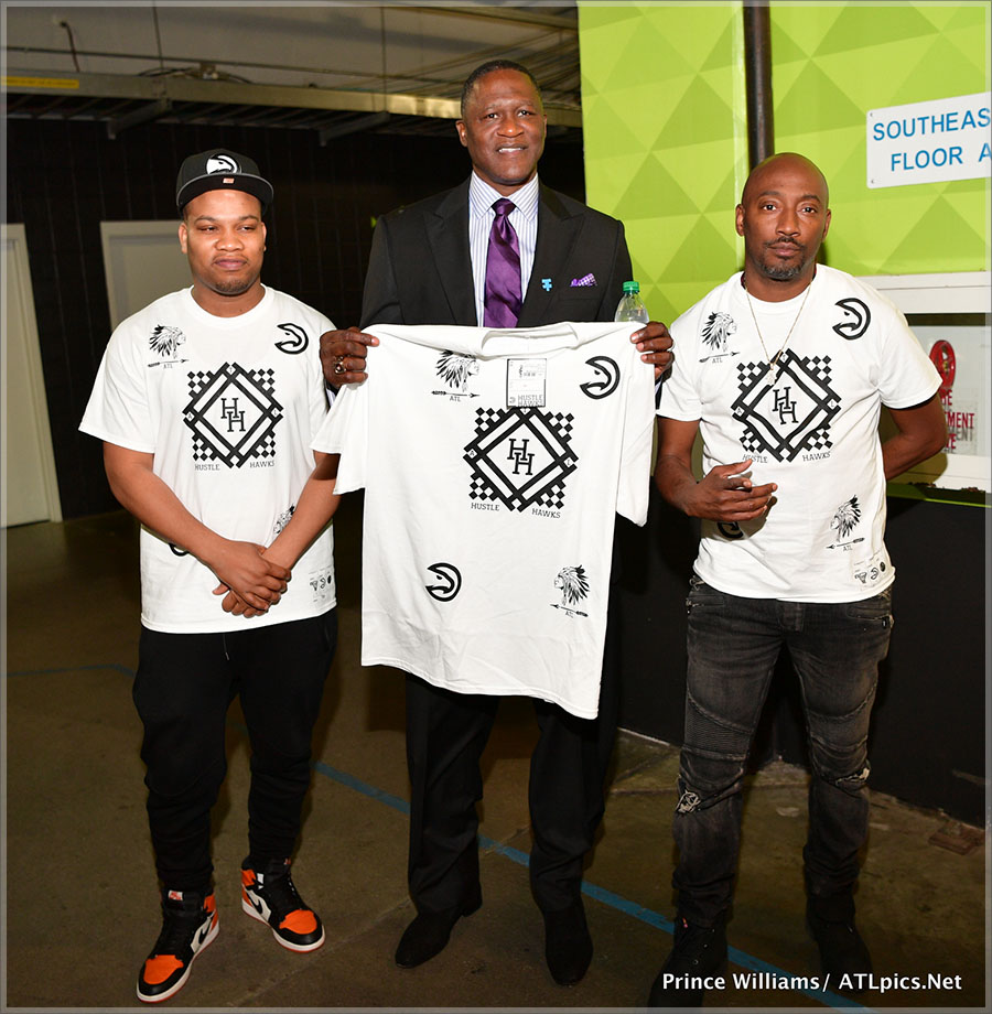 Dominique Wilkins, center, and Clay Evans (Grand Hustle)