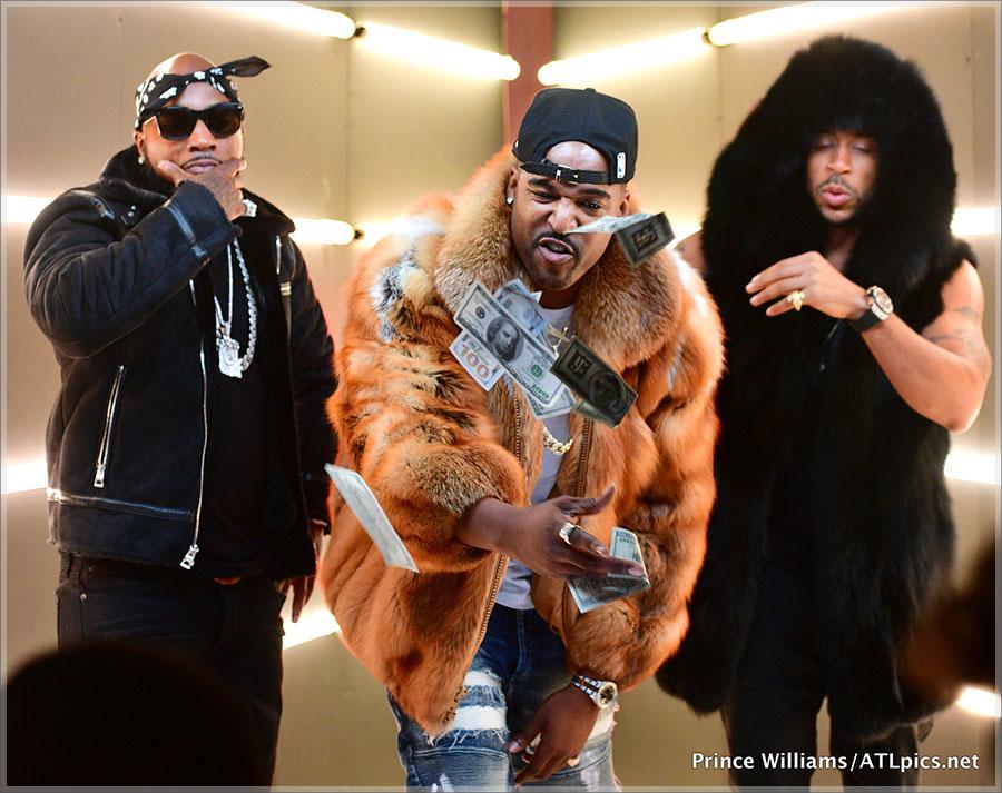 Jeezy, DJ Infamous, Ludacris on set