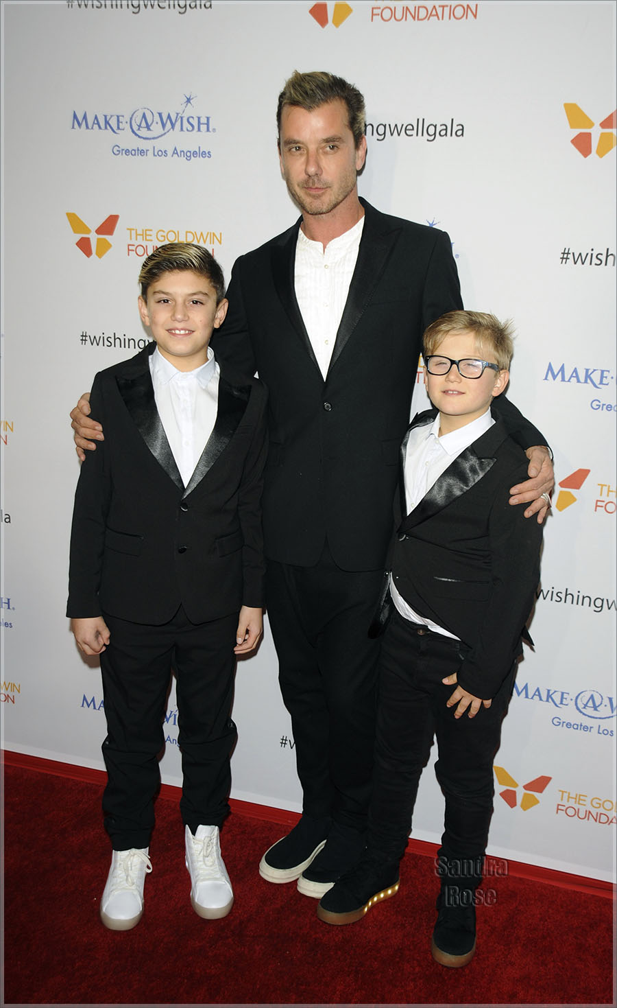 Gavin Rossdale & sons in LA