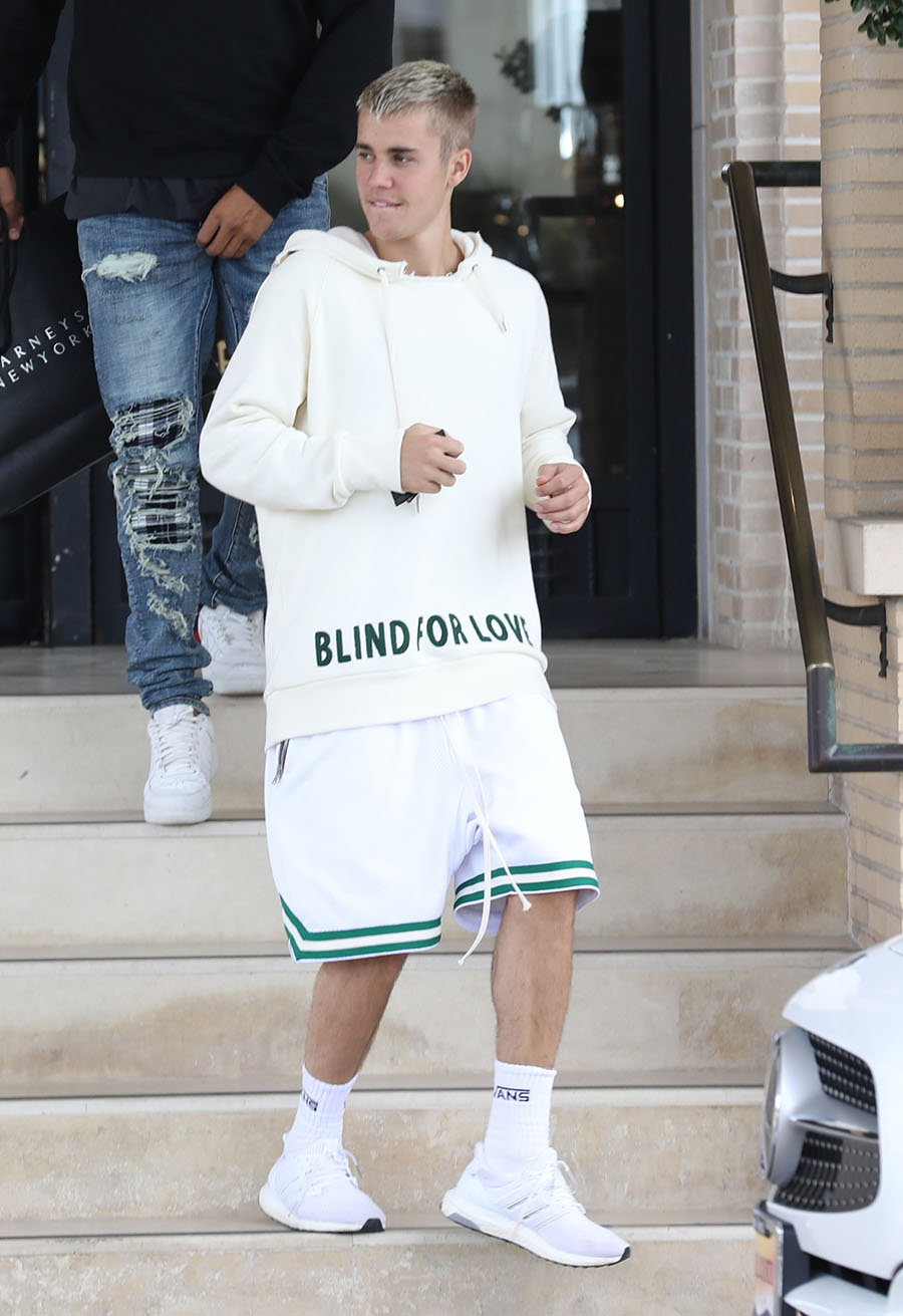 Celebrity Style Justin Bieber Wearing Gucci Blind For
