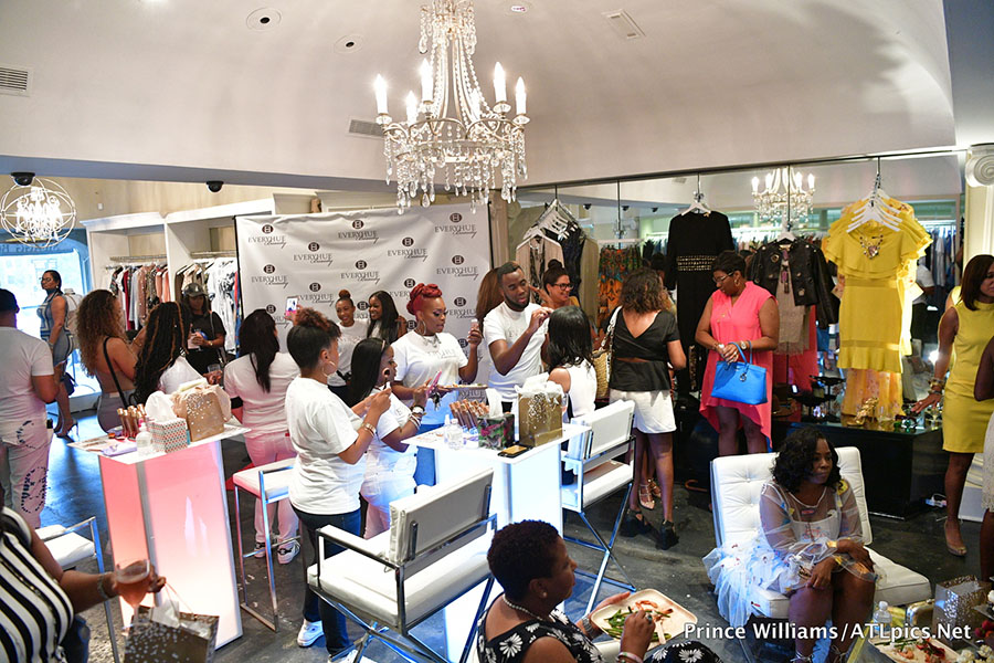 Pics Stars Attend Everyhue Beauty Pop Up Shop At Swagg
