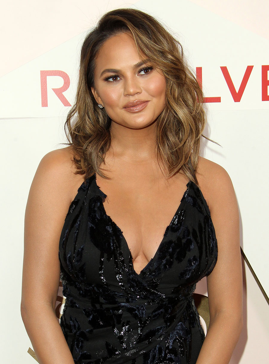 Chrissy Teigen Sandra Rose
