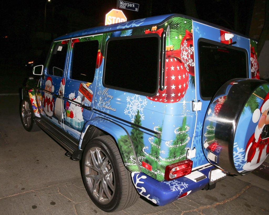 Justin Bieber Christmas wrap Mercedes G-wagon | Sandra Rose