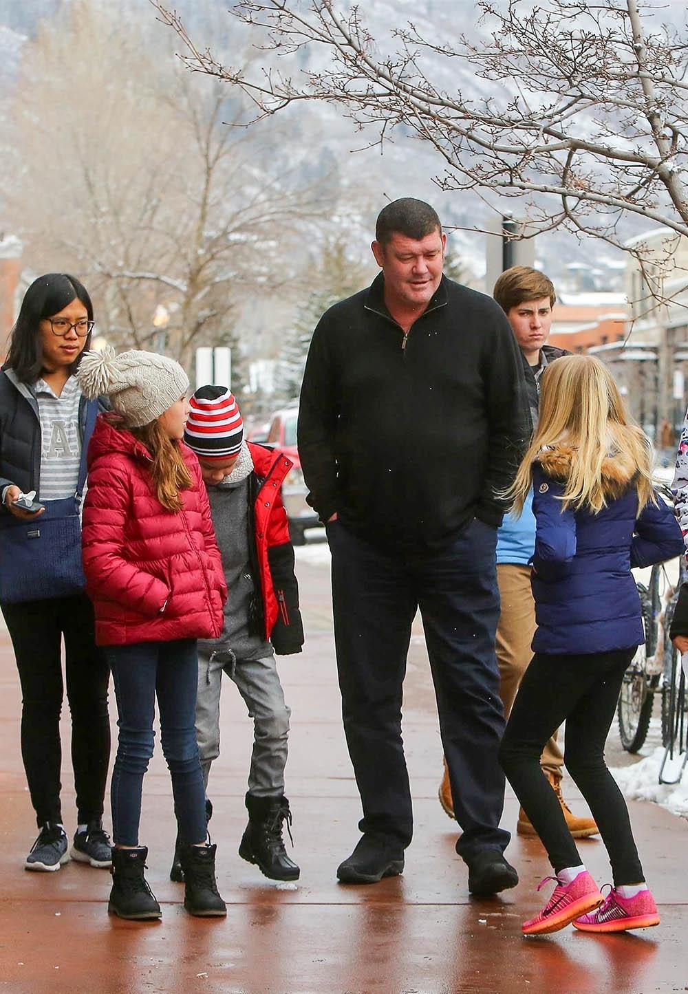 James Packer Takes His Kids To Star Wars Movie Sandra Rose