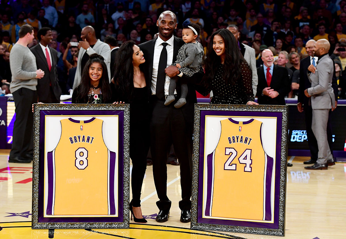 Stars Attend Retirement Ceremony for Both of Kobe Bryant's ...