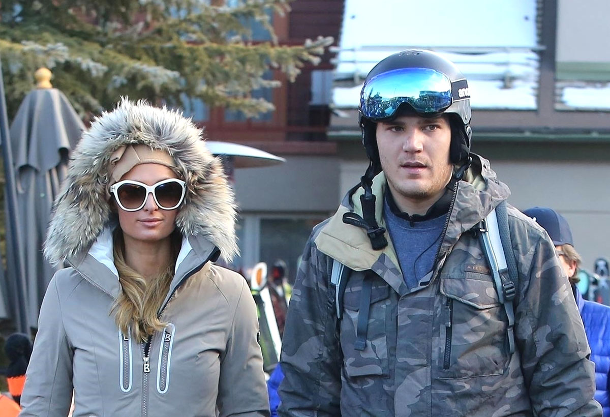 Paris Hilton and her fiancé Chris Zylka head out on the slopes in Aspen, CO