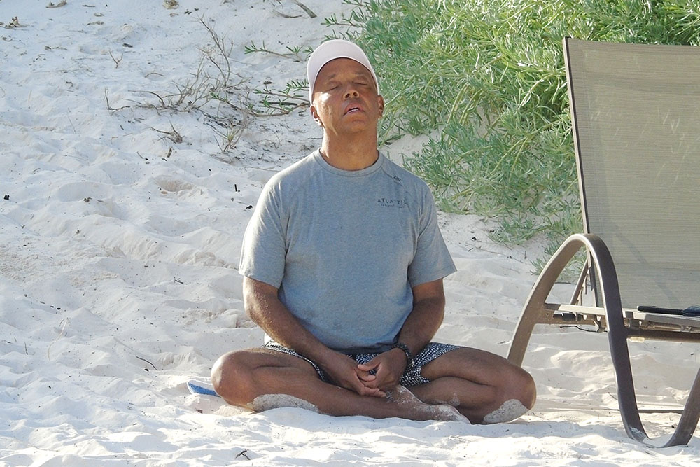 Russell Simmons enjoys the beach with his family in the Bahamas