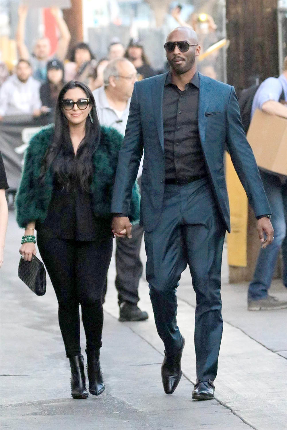 kobe bryant and vanessa laine bryant arrive at jimmy
