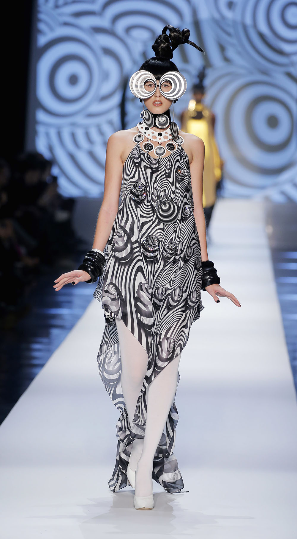 Coco Rocha and Her Daughter Walk Runway At Paris Couture Week 89