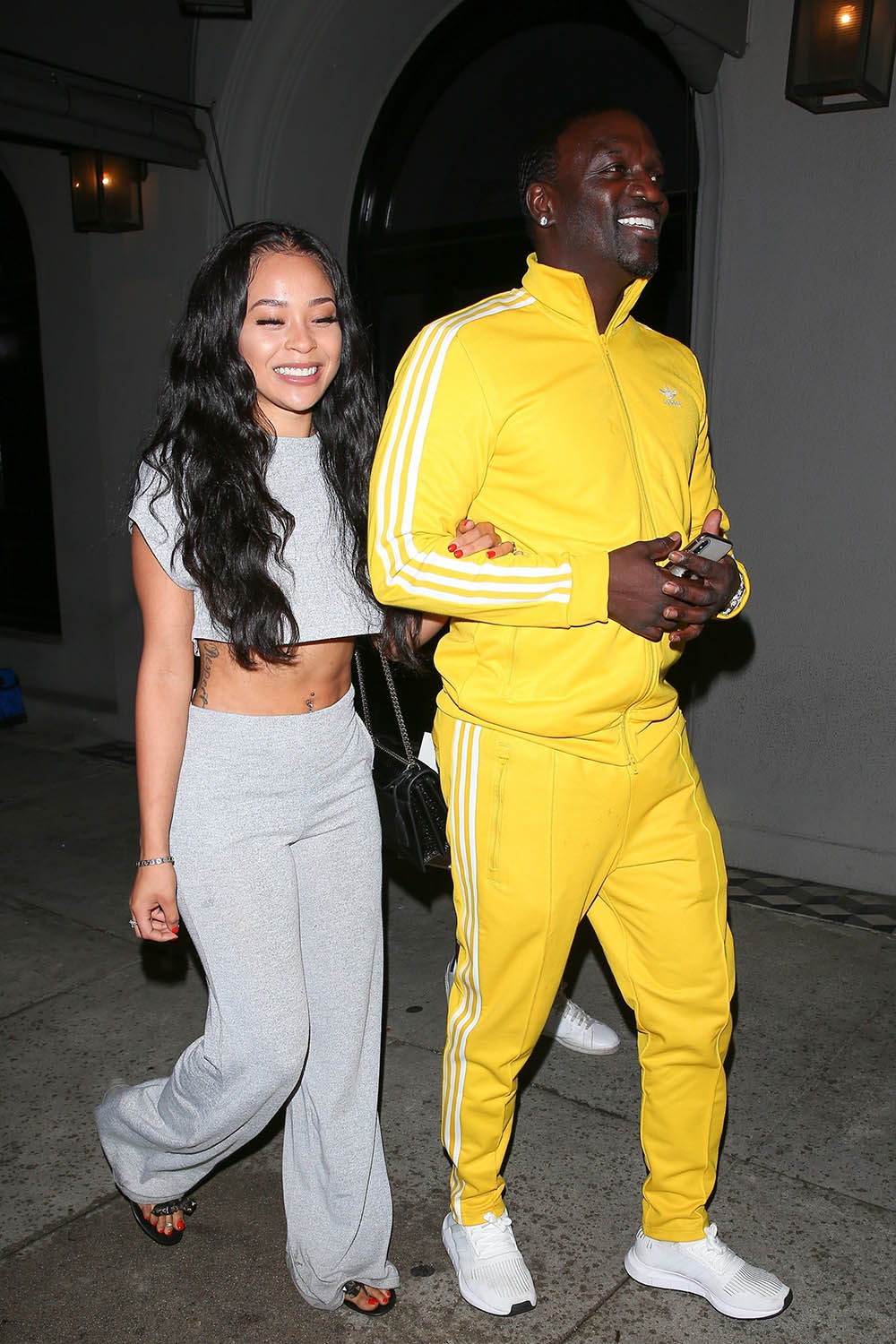 Akon And His Girlfriend Dine At Craig S Sandra Rose