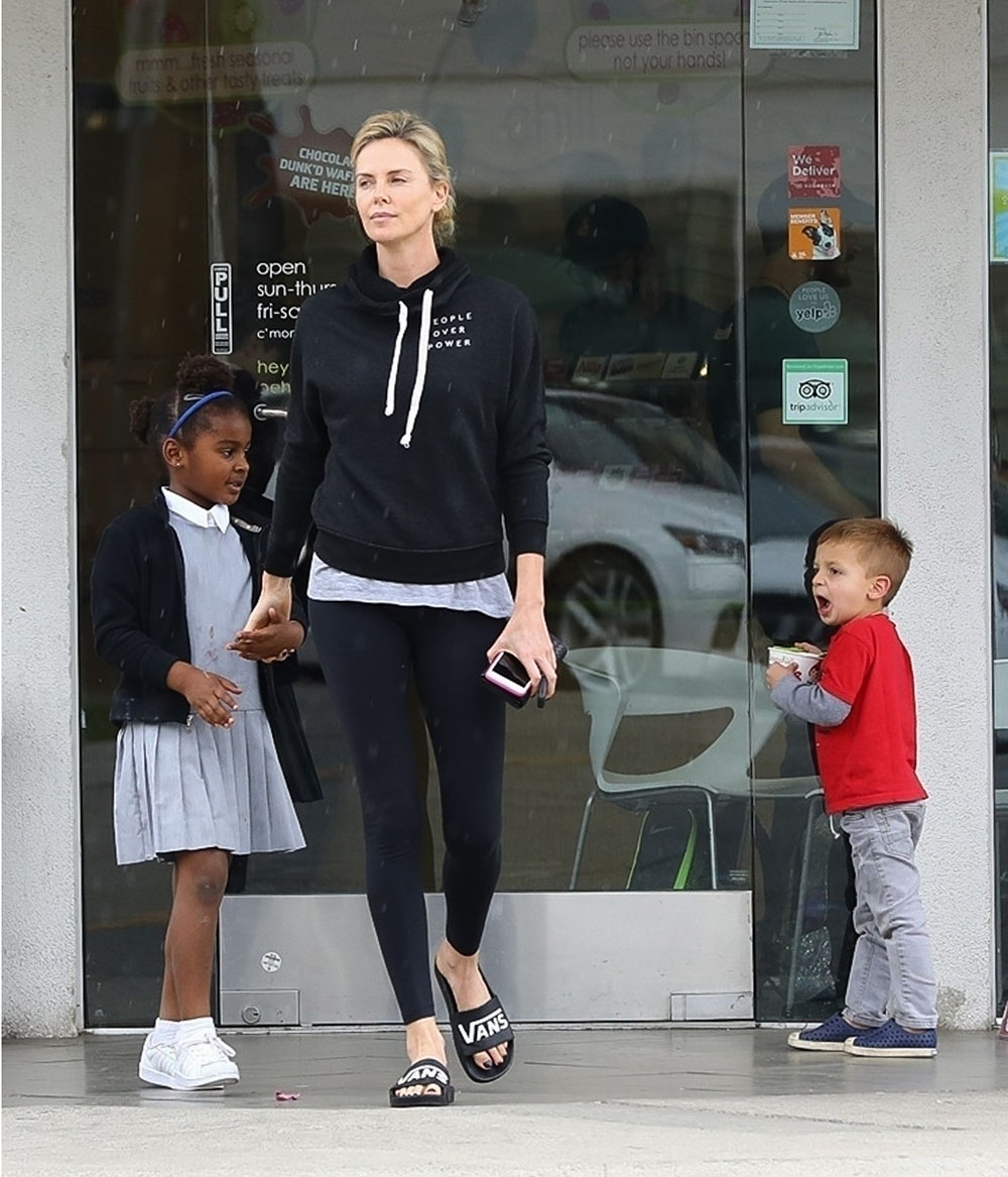 Charlize Theron Enjoys A Menchies Frozen Yogurt With Son