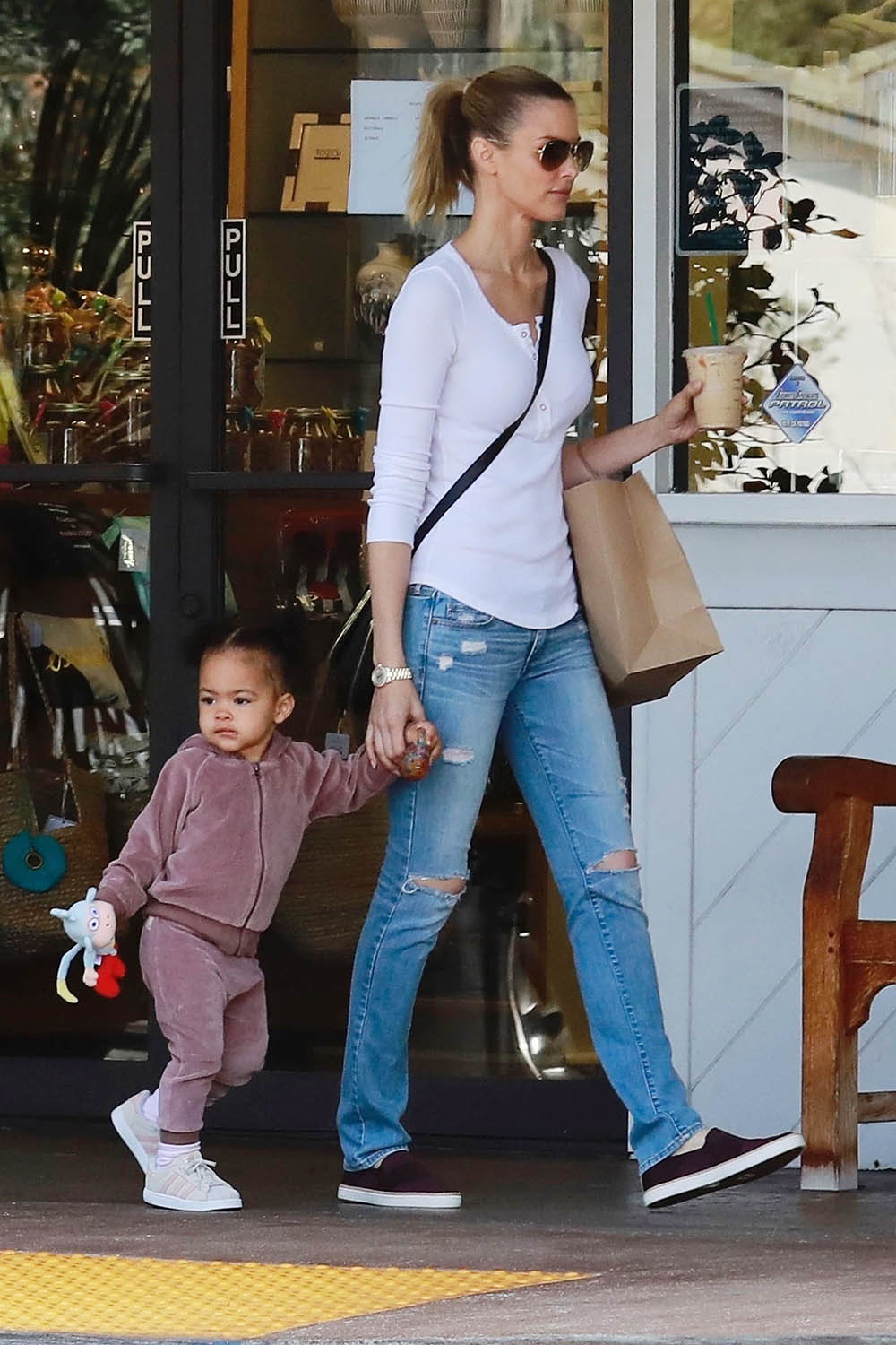 Paige Butcher And Daughter Izzy Have A Mother Daughter
