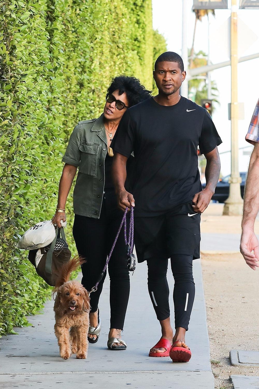 Usher S Wife Files For Divorce Sandra Rose