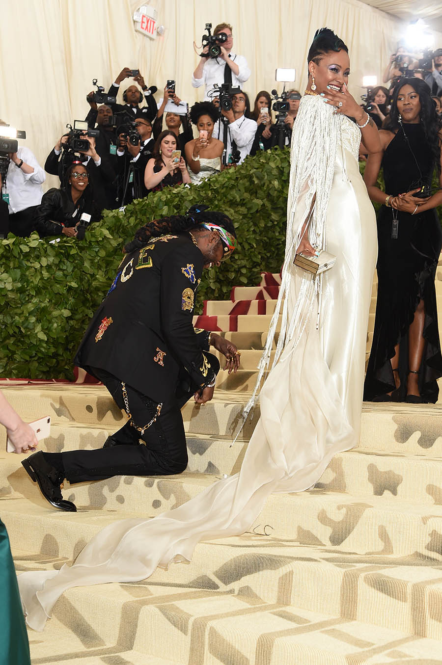 rapper 2 chainz proposes to girlfriend kesha ward at 2018