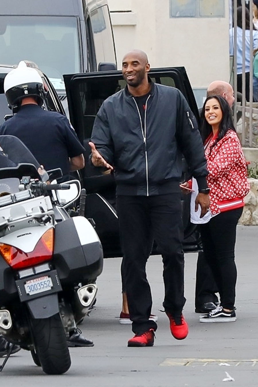 Celebrity Kids Kobe Bryant And Family At Rose Bowl