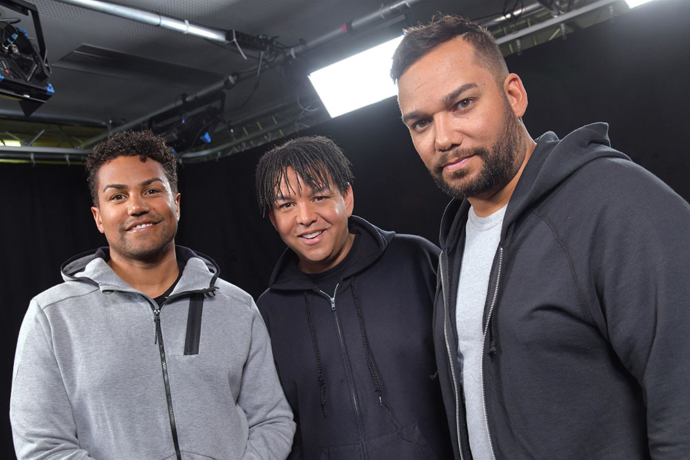 3t stopped by pure people hq for an interview in levallois for Jackson galaxy band