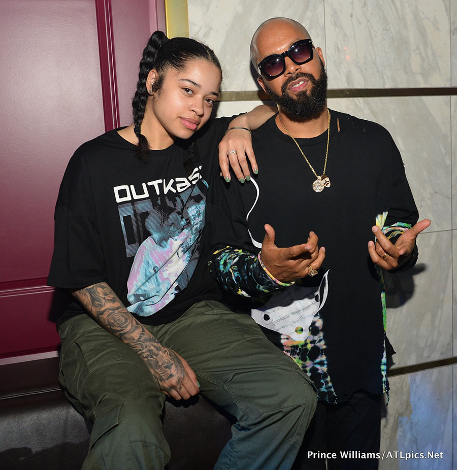 Chahunga Mai New Song: Ella Mai (L) Posed With Kenny Burns At Her Live