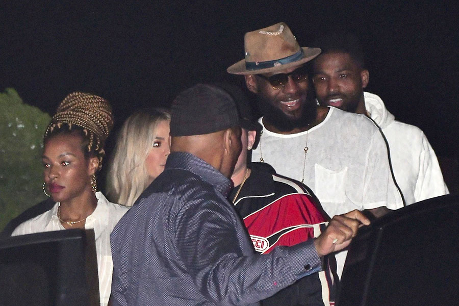 LeBron And Savannah James Dined Out With Friends Tristan