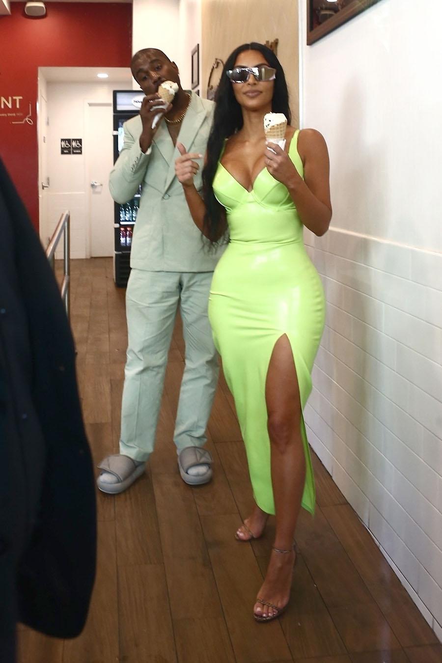 Pics Kanye West Kim Kardashian Lil Wayne Monica Brown Attend 2