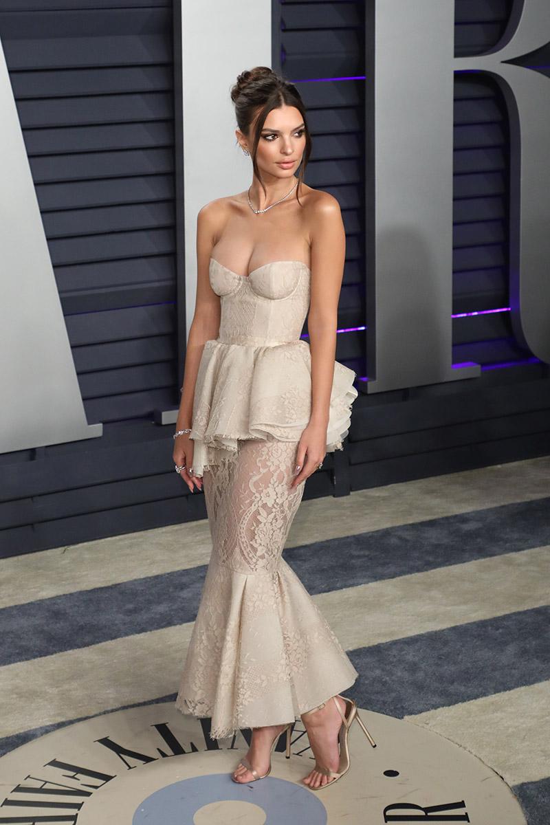 Emily Ratajkowski At Vanity Fair Oscars Party In Hollywood Ca On Feb 24 2019 Photo By
