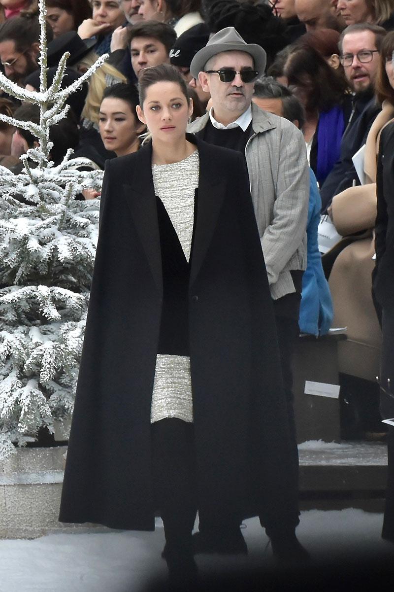 Marion Cotillard In The Front Row At Chanel Runway Show At Paris