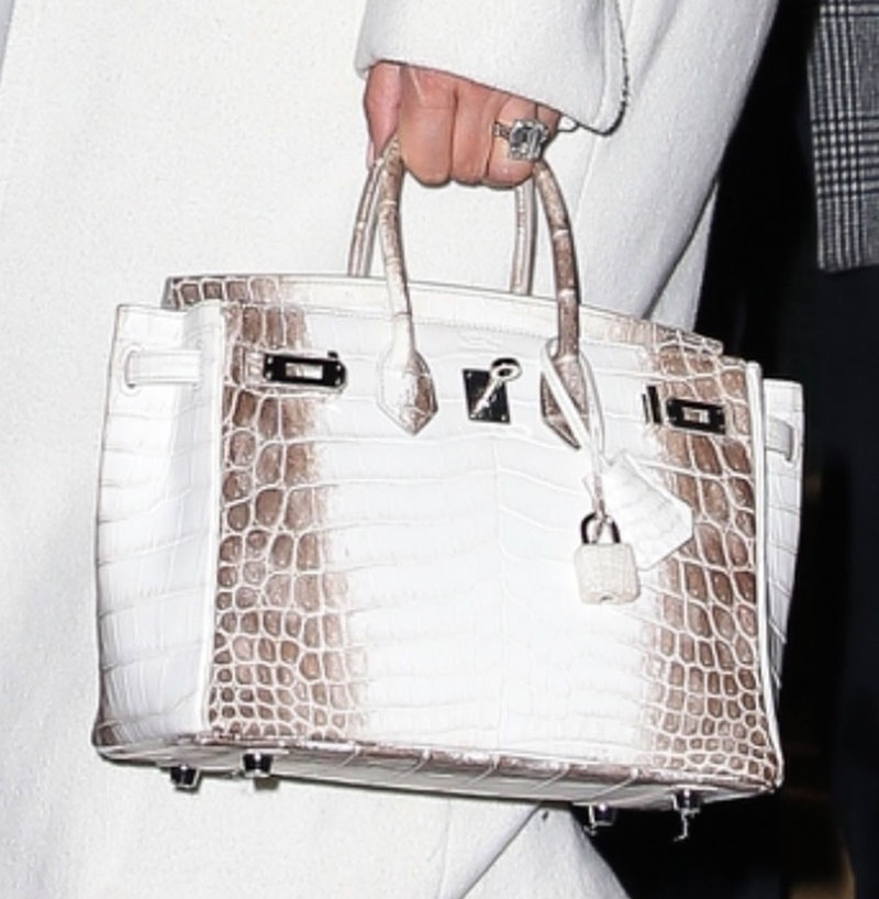 Jennifer Lopez Slammed by PETA Over  Blood-Soaked  Crocodile Handbag 0d92c95939759