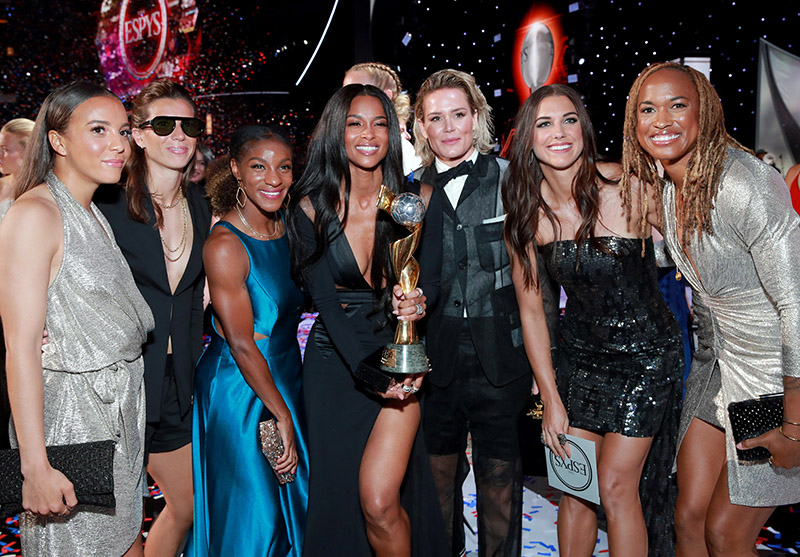 ciara poses with the best team award for the united states women s national soccer team onstage during the 2019 espys at microsoft theater on july 10